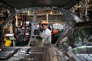 Производство автомобилей в Украине рухнуло до уровня 2002 года