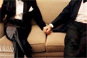 Кабмин готовит законопроект о легализации однополого гражданского партнерства