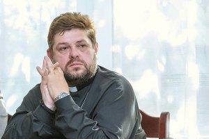 Донецкому священнику, освобожденному из плена ДНР, нужна помощь