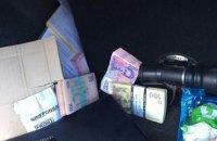 Чиновника Гоструда задержали при получении 112 тыс. взятки