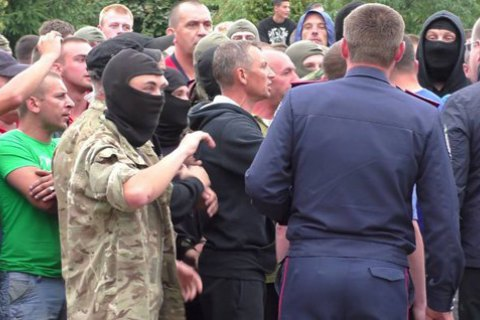Глава района поплатится должностью за участие в беспорядках из-за янтаря