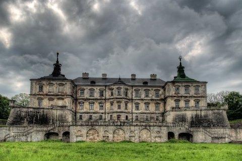 Підгорецький замок на Львівщині хочуть передати в концесію (документ)