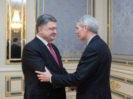 Украина рассчитывает на поддержку США, - Порошенко