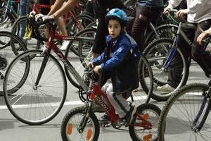 У Сімферополі встановлять двометровий велосипед