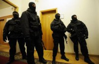 Силовики провели обыски в Госавиаслужбе и Администрации морпортов