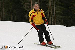Ющенко во время газового кризиса катался на лыжах, а теперь критикует договоренности - БЮТ