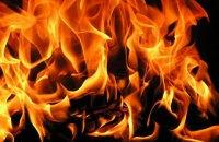 Во Львовской области на трассе загорелся мусоровоз, погиб водитель