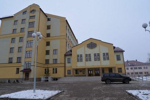 Порошенко відкрив у Коломиї нову районну поліклініку, в Галичі - лікарню (оновлено)