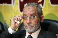 """Лидера египетских """"Братьев-мусульман"""" приговорили к пожизненному заключению"""