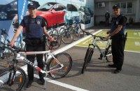 Запорожским патрульным подарили 10 велосипедов