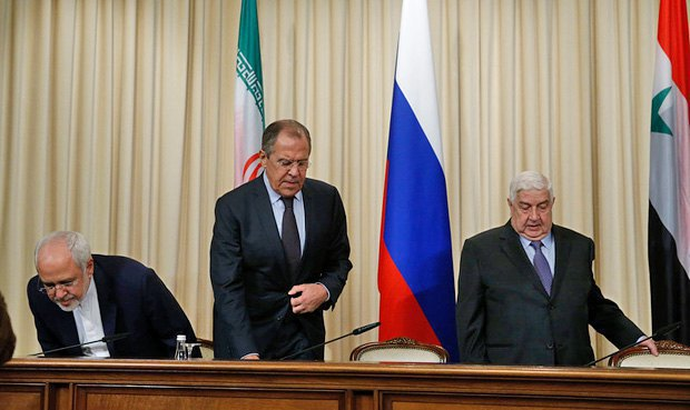 Left to right: Iranian Foreign Minister Mohammad Javad Zarif, Russian Foreign Minister Sergey Lavrov and Syrian Foreign Minister Walid Muallem at a joint news conference after the talks in Moscow, Russia, 28 October 2016