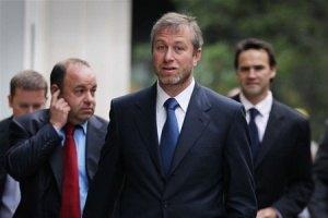 Абрамович пришел в суд в часах за €100