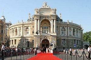 Открытие ОМКФ: красная дорожка, кинозвезды и знаменитости