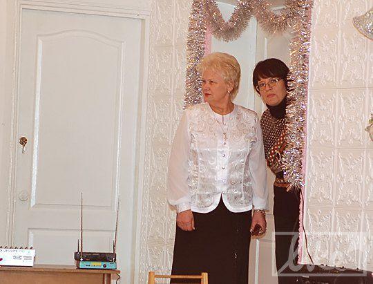 """Директор детского дома """"Волошка"""" (слева)"""