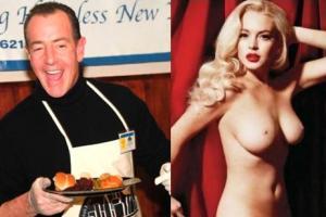 Отец Линдси Лохан рад, что дочь разделась для Playboy