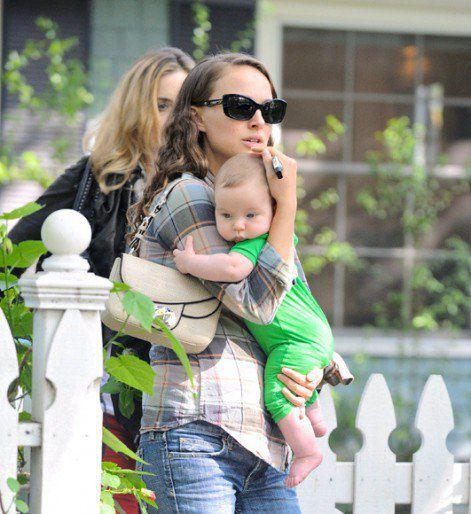 Натали Портман впервые стала мамой