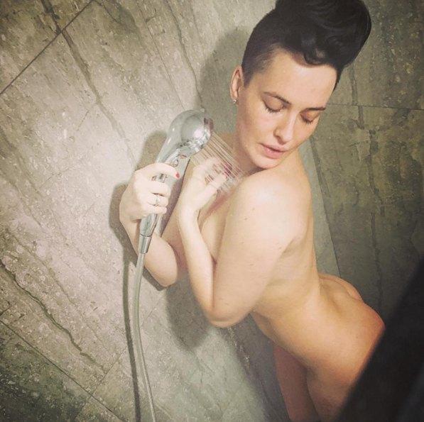 ...и в душ