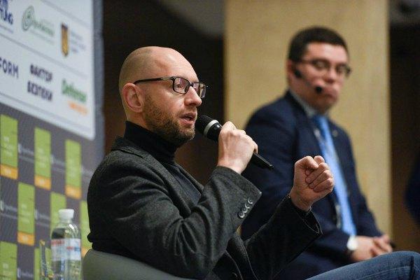 Обновленный Яценюк готовится к новому рывку в политике?