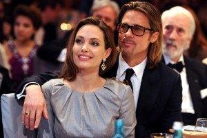 Анджелина Джоли и Брэд Питт расслабились на вечеринке