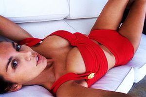 Анна Седокова похвасталась фигурой в необычном бикини