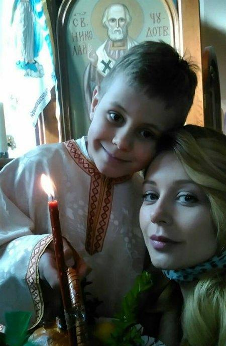 Тина Кароль с сыном Вениамином