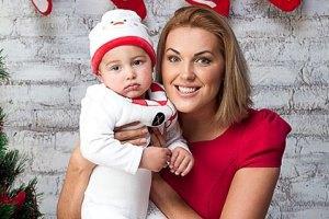 Яна Клочкова показала сына по телевидению