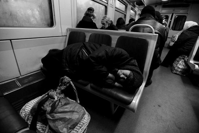 До Киева еще около 4-х часов езды - можно спокойно доспать