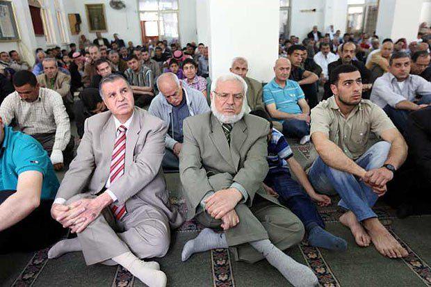 Один из лидеров ХАМАС Азиз аль-Двейк во время молитвы в честь подписания соглашения о примирении между ФАТХ и ХАМАС