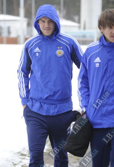 Андрей Ярмоленко спешит на помощь - к партнерам, в манеж