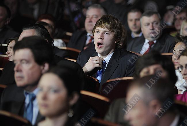 Андрей Говоров - олимпийская надежда Украины (двухкратный чемпион по плаванию І Юношеских Олимпийских игр). Впервые на подобном мероприятии, поэтому мог слегка заскучать