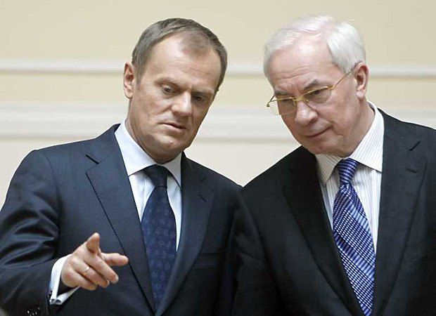 Дональд Туск и Николай Азаров во время официального визита в Киев