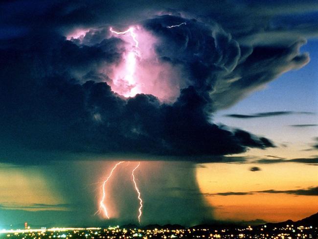 А вот это - просто молния