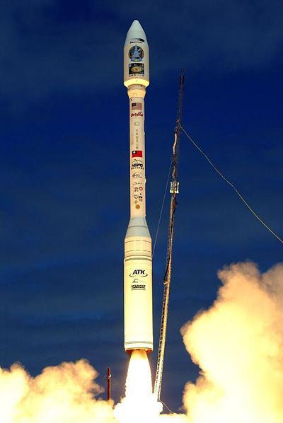 Запуск ракеты Taurus XL