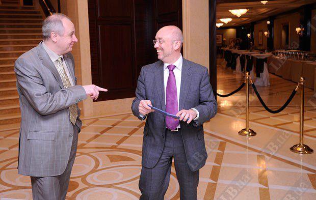 Народный депутат Украины Олег Зарубинский (слева) и юрист Алексей Резников