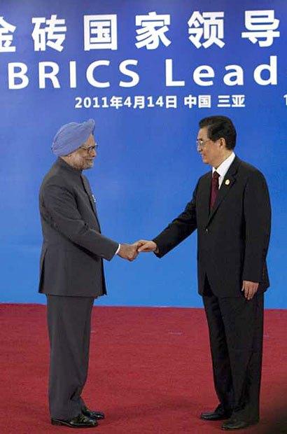 Премьер-министр Индии Манмохан Сингх и председатель КНР Ху Цзиньтао