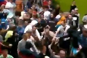 Толпа озверевших русских фанатов избила польских стюардов