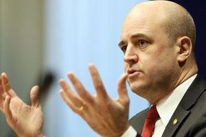 Премьер-министр Швеции поддержал бойкот Евро-2012