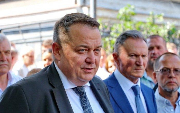 Юрій Сухін (в центрі) і Валерій Запорожан