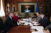 Тимошенко пожаловалась послу ЕС на фальсификацию выборов