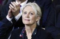 Во Франции начато следствие против жены Фийона