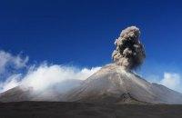 В Італії почалося виверження найбільшого в Європі діючого вулкана