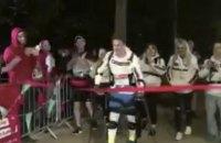 Парализованный британец за 36 часов преодолел Лондонский марафон