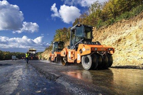 Дороги під відсотки: обласні ради беруть кредити на «велике будівництво»