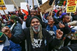 Полиция американского города Фергюсон задержала 50 участников акций протеста