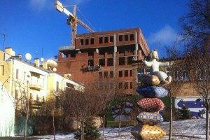 Киевсовет предписал снести два этажа здания в Десятинном переулке