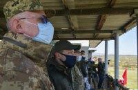 Зеленский посетил учения десантников в Закарпатской области