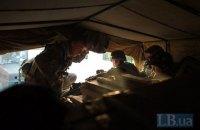 На Донбасі бойовики двічі відкривали вогонь: один український боєць загинув, ще одного поранено