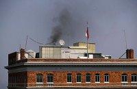 России грозит штраф за столб дыма над зданием консульства в Сан-Франциско