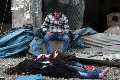Путин должен воздействовать нарежим Асада вСирии— Госдеп