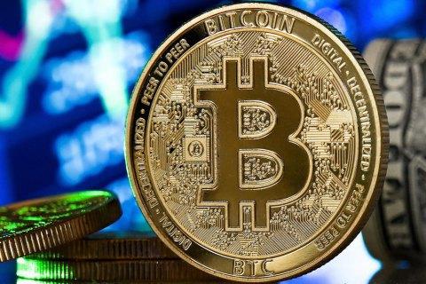 Стоимость Bitcoin впервые достигла цены в $52,6 тысячи